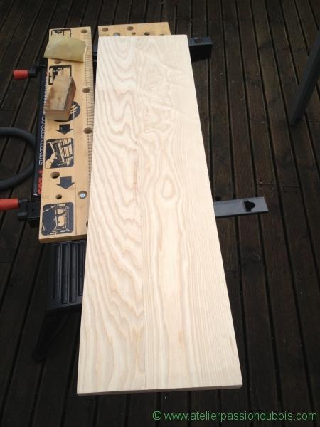 plateau en bois poncé