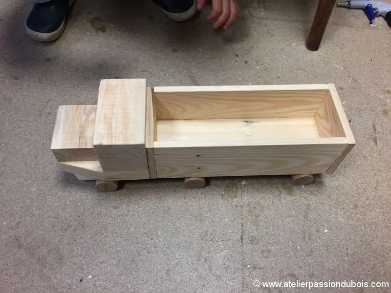 activite enfant bricolage bois