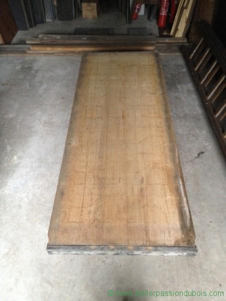 Table basse materiaux anciens atelier passion du bois for Plateau pour table basse